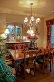 Salle à manger dans la maison classée modérée dans le sud-ouest photo libre de droits