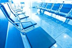 salle d'attente avec des sièges Photographie stock libre de droits
