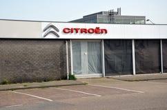 Salle d'exposition de voiture de Citroen Images stock