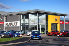 Salle d'exposition de voiture de Renault Photos stock