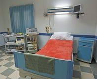 Salle d'ICU à un centre médical Photographie stock