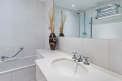 Salle de bains photographie stock