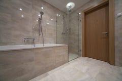 Salle de bains images stock