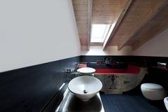 salle de bains avec le bain photo libre de droits