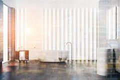 Salle de bains blanche intérieure, évier rond modifié la tonalité Photo stock