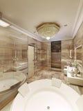 Salle de bains classique avec l'accès au sauna Photo stock