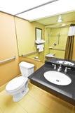 Salle de bains d'handicap Images libres de droits