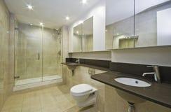 Salle de bains de marbre photographie stock