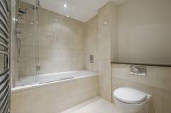 Salle de bains de marbre photos stock