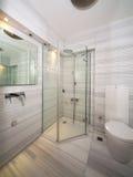 Salle de bains de marbre Photo stock