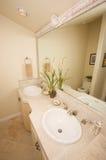 Salle de bains de marbre exotique Photo stock