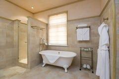 Salle de bains de ?omfortable Photographie stock libre de droits