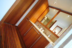 Salle de bains dernier cri Images stock