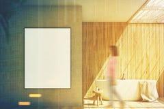Salle de bains en bois et beige, affiche modifiée la tonalité Image stock