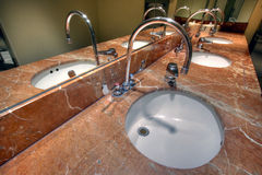 Salle de bains gentille Photographie stock libre de droits