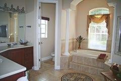Salle de bains luxueuse Photographie stock