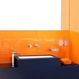 Salle de bains orange Photographie stock