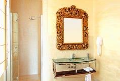 salle de bains rustique Photos stock