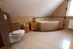 Salle de bains simple Photographie stock libre de droits