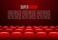 Salle de cinéma avec la rangée des sièges rouges Calibre d'événement de première Conception superbe d'exposition Concept de prése Image libre de droits