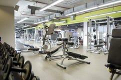 Salle de gym photographie stock libre de droits