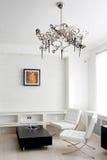 Salle de réunion avec les meubles en cuir images libres de droits