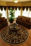 Salle de séjour dans une maison de luxe Photo stock