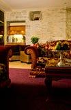 Salle de séjour de suite d'hôtel Photographie stock libre de droits