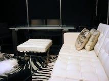 Salle de séjour en noir et blanc Photos stock