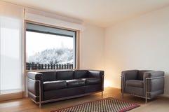 Salle de séjour intérieure et large Photos libres de droits