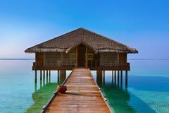 Salle de station thermale sur l'île des Maldives Image libre de droits