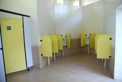 salle de toilette publique Images stock