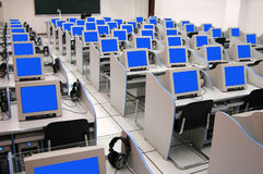 Salle des ordinateurs photos libres de droits