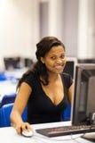 Salle des ordinateurs africaine d'université Photo libre de droits