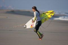 Sally Fitzgibbons após uma competição. Imagens de Stock Royalty Free