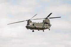 Salmão real de Boeing CH-47 imagem de stock royalty free