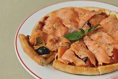 Salmões da pizza imagens de stock royalty free