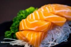Salmões japoneses do sashimi do alimento Imagem de Stock Royalty Free