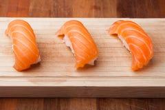 Salmon комплект суш, японское foo Стоковые Изображения
