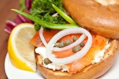 Salmon сандвич бейгл Стоковые Фото