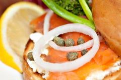 Salmon сандвич бейгл Стоковая Фотография RF