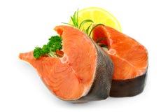 2 salmon стейка с лимоном и специей Стоковое Изображение RF