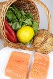 Salmon стейки и ингридиенты Стоковые Фото