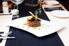 Salmon тартар с красной икрой Стоковое Фото