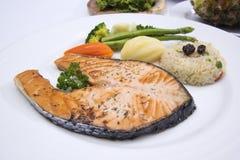 зажженный salmon стейк Стоковое Изображение