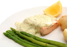 Salmon asparagus and new potatoes Royalty Free Stock Photos