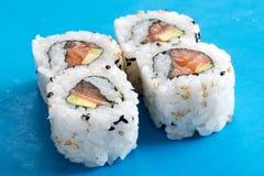 Salmon and avocado urumaki sushi rolls Stock Photography