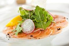 Salmon carpaccio стоковое изображение rf