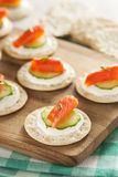 Salmon and Cracker Hor D'oeuvres Royalty Free Stock Photos
