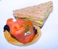 Salmon Cucumber Sandwhicih Tea Time fumato immagini stock